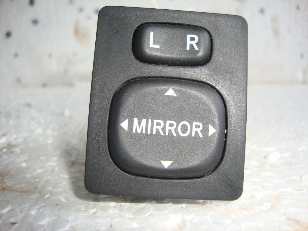 Фото - Кнопка управления зеркалами TOYOTA Rav4 (A20) 00-05