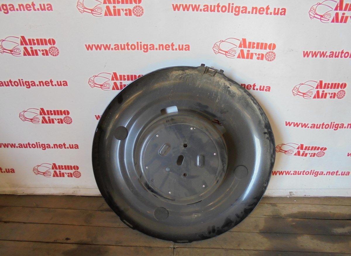 Фото - Крепление чехла запасного колеса (6477342010) TOYOTA Rav4 (A20) 00-05