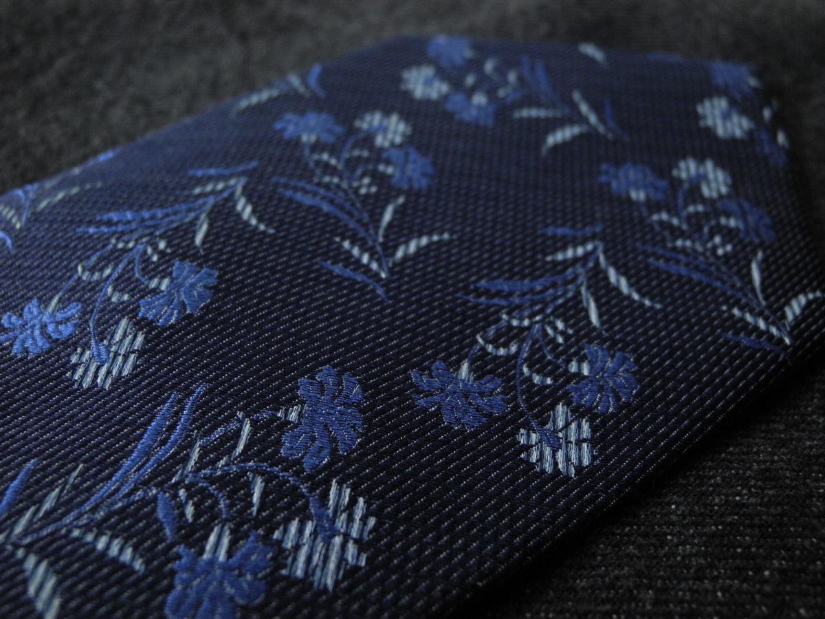 Фото 10 - Мужской галстук 70% Шелк 30% Шерсть синий в цветочек Spain