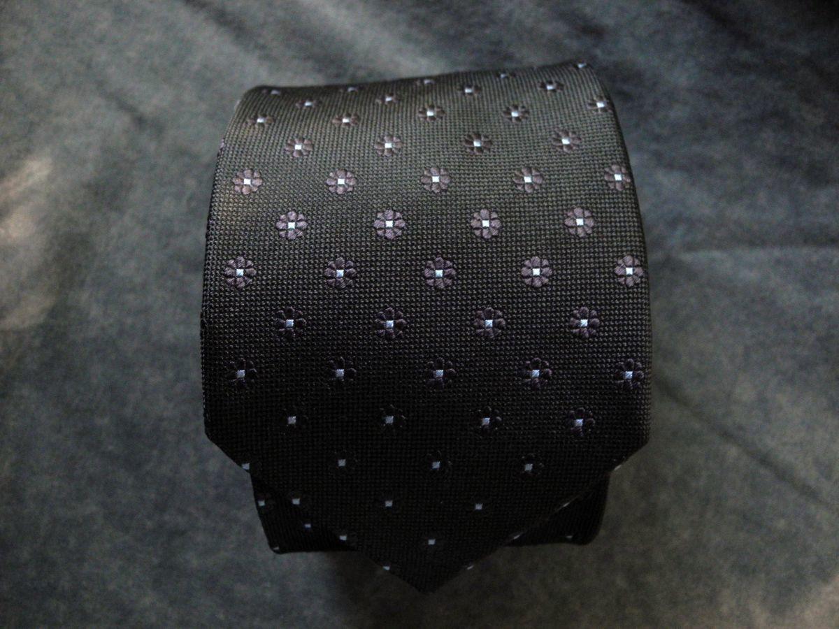 Фото - Мужской галстук 100% шелк в цветочек хаки Hemlock