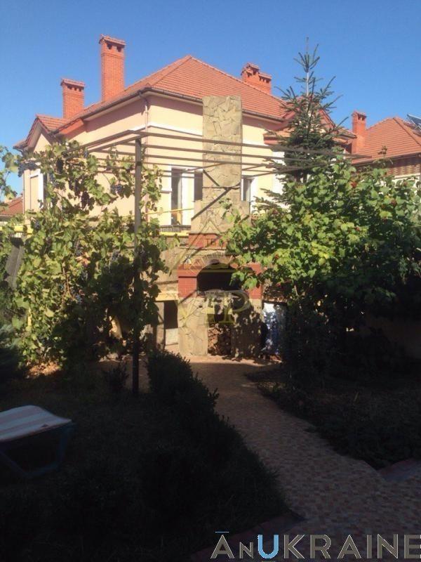 Фото - В Совиньоне Продам шикарный дом 450 м2.