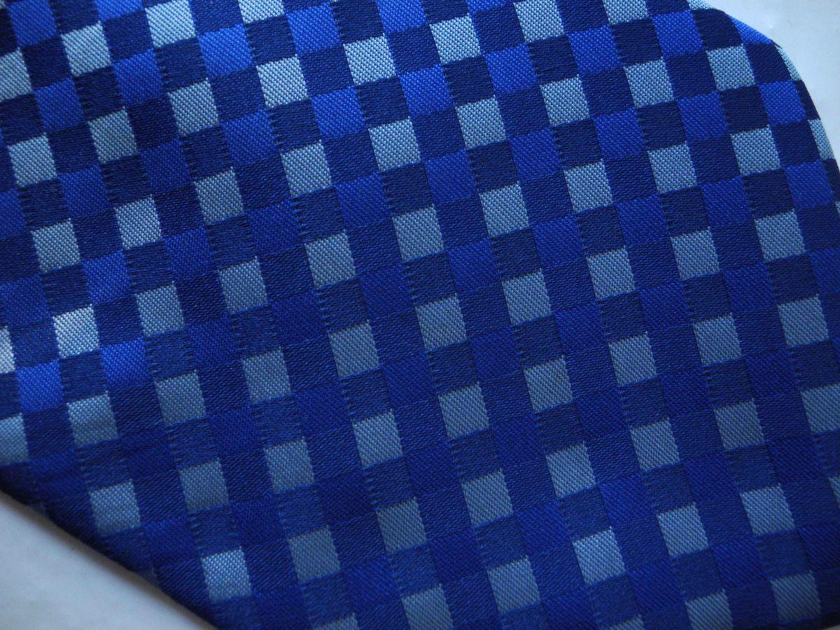 Фото 3 - Мужской галстук 100% шелк в клетку синий Hugo Boss Italy