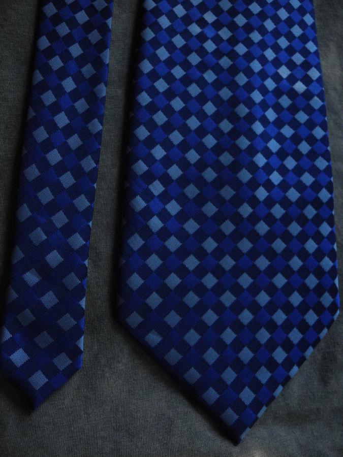 Фото 8 - Мужской галстук 100% шелк в клетку синий Hugo Boss Italy