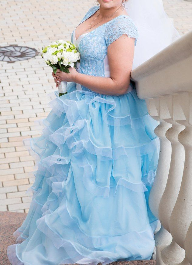 Фото - Голубое свадебное платье