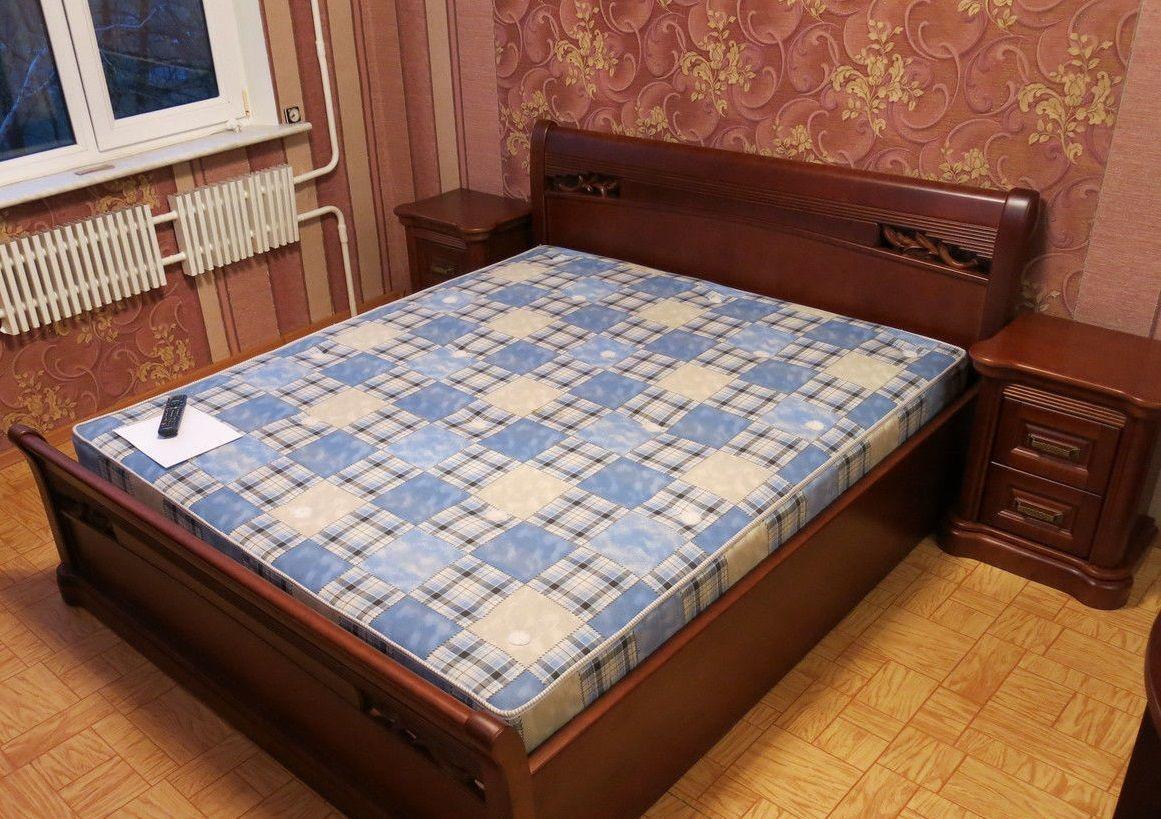 Фото 6 - Деревянная кровать Шопен