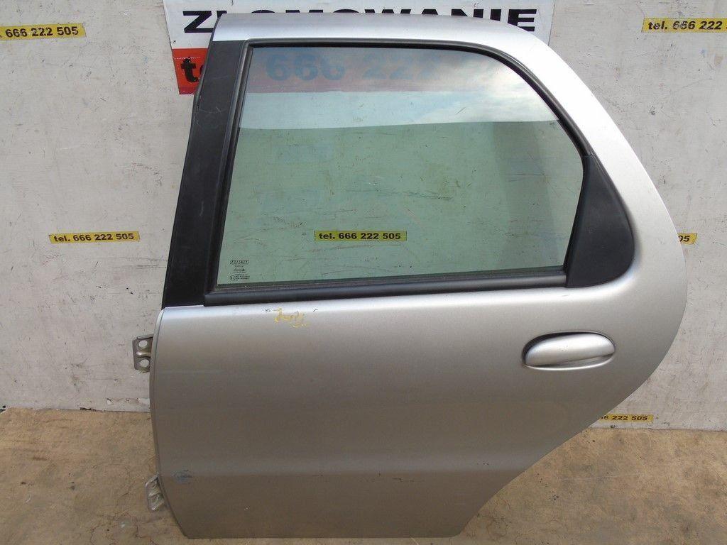 Фото 3 - FIAT Albea Разборка Бампер Крышка багажника Фонарь Четверть Стоп Дверь