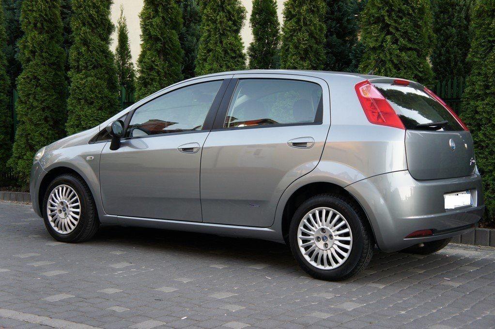Фото 2 - Fiat Grande Punto Разборка Бампер Крышка багажн Фонарь Четверть Стоп