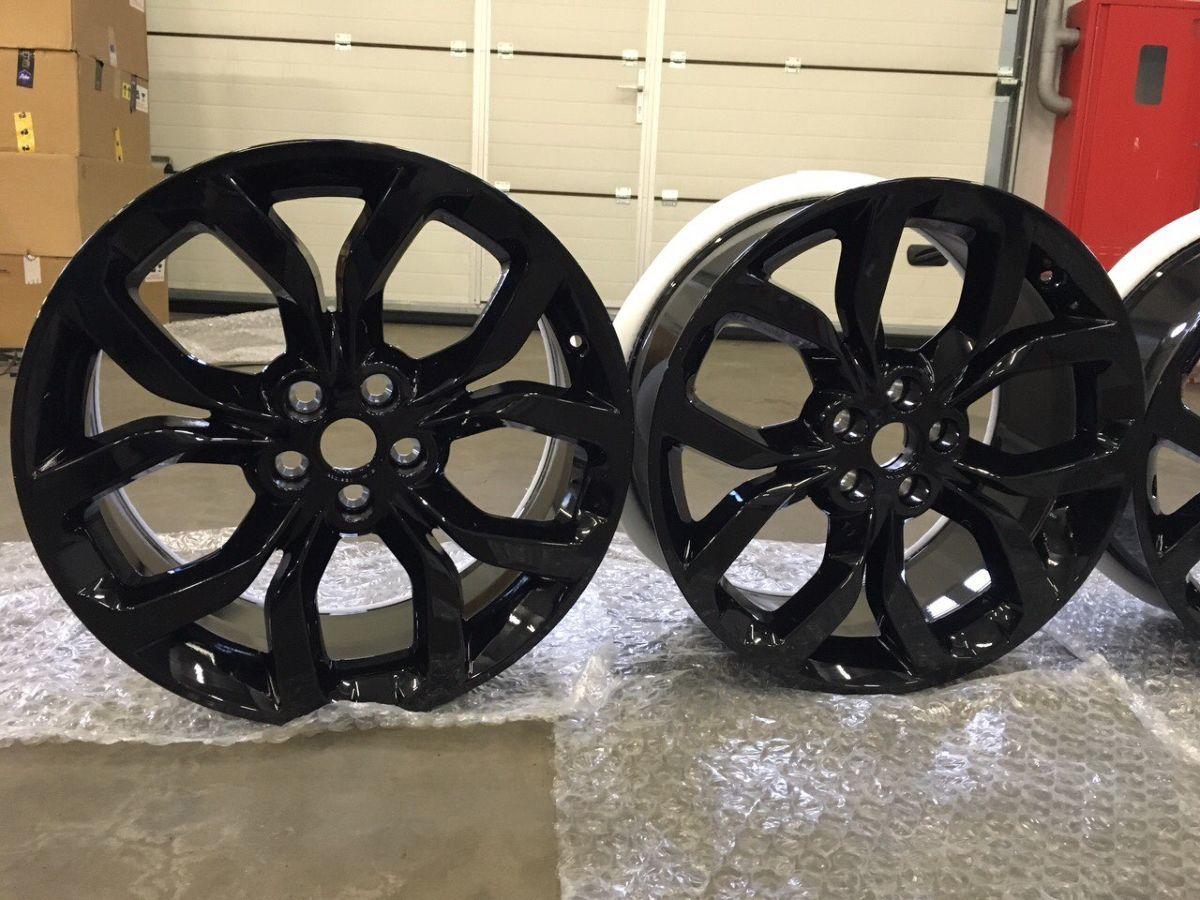 Фото 2 - Диск колесный R19 Gloss Black   Discovery Sport LR064196