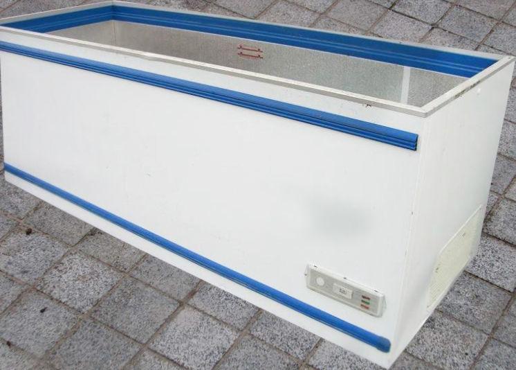 Фото - Морозильный ларь бу AHT Salzburg 250 купить, 1000 л, импорт с Европы