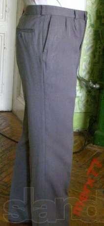 Фото 3 - Классические мужские брюки L
