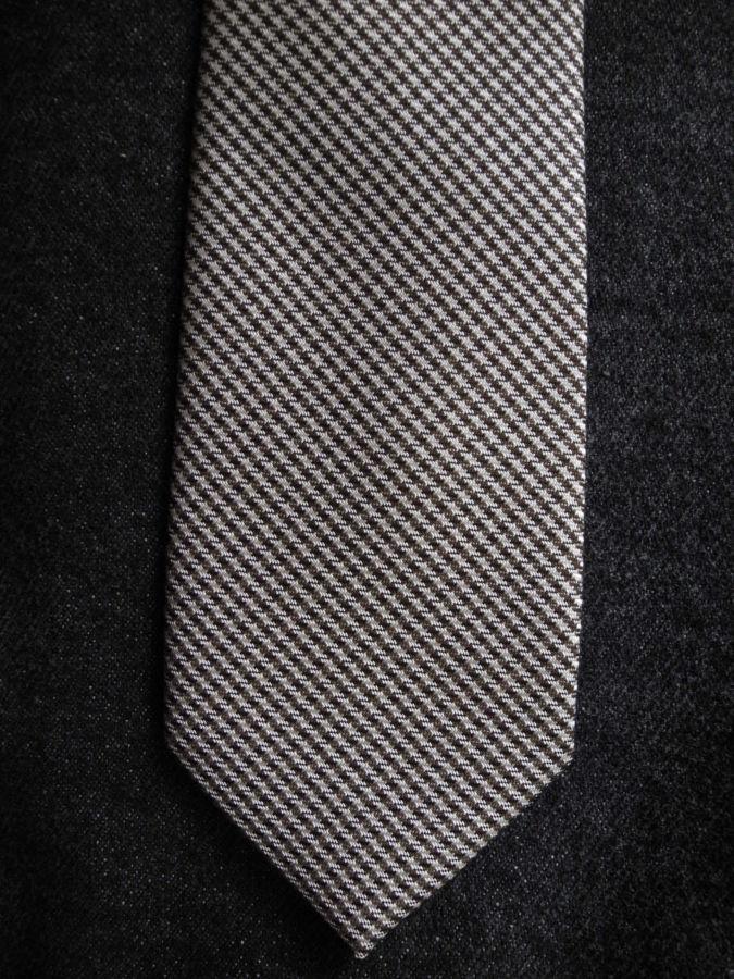 Фото 2 - Мужской галстук необычный интересный узкий с узором Nigel HALL