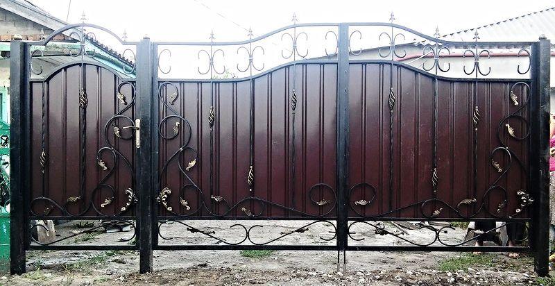 Фото - Ворота: кованые, профлист, метал.
