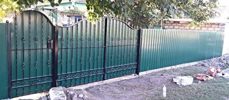 Фото 2 - Ворота: кованые, профлист, метал.
