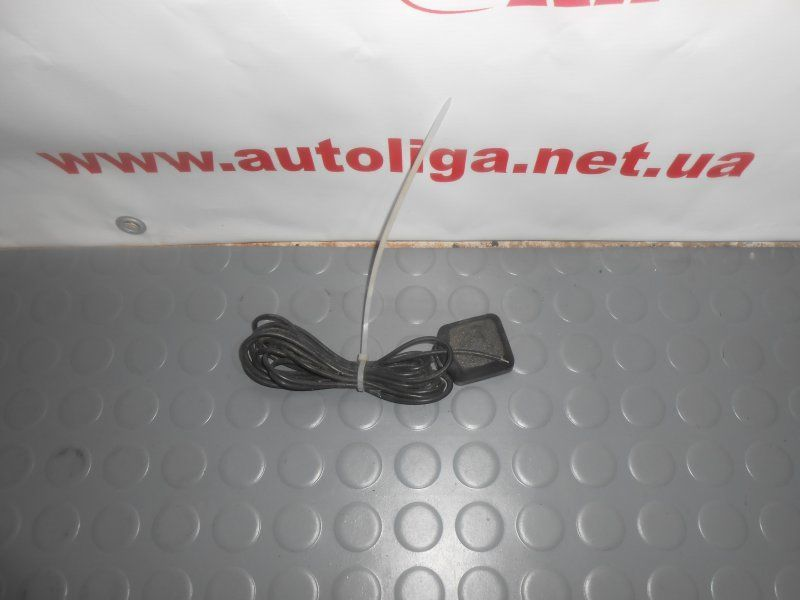 Фото - Антенна навигатора (0819200920) TOYOTA Avensis (T220) 97-03
