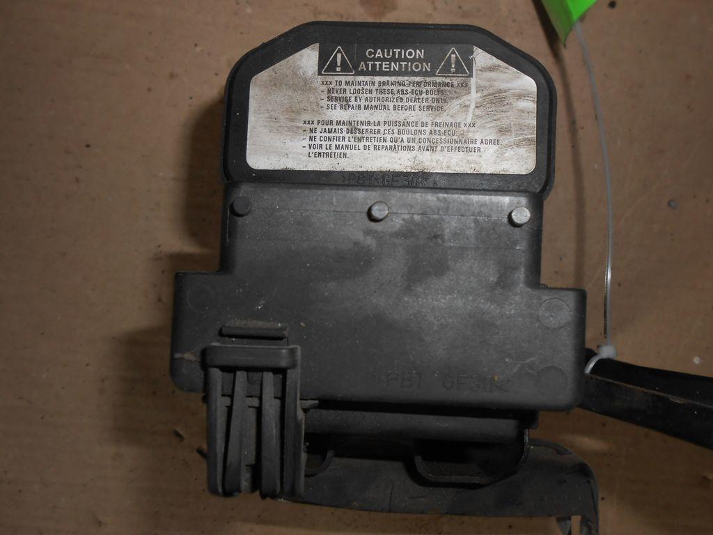 Фото 6 - Блок АБС (4405005020) TOYOTA Avensis (T220) 97-03