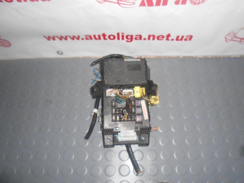 Фото - Блок предохранителей TOYOTA Avensis (T220) 97-03
