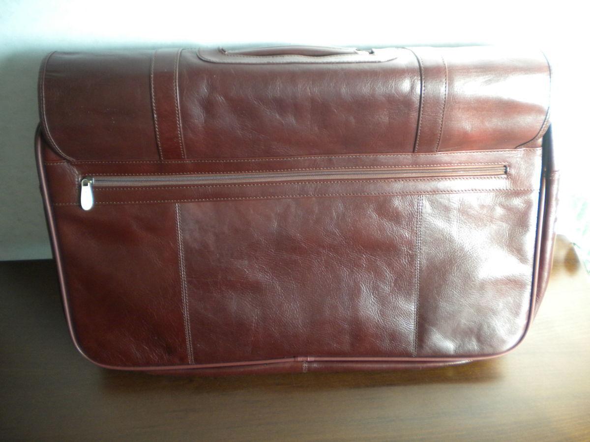 Фото 2 - Дорожная сумка Gufo из натуральной кожи
