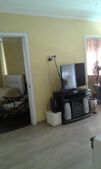 Продам 4 комнатную квартиру Маршала Жукова
