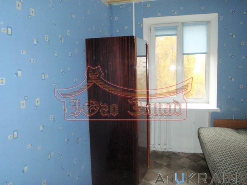 Л- Трех комнатная квартира в Малиновском районе на Черемушках.