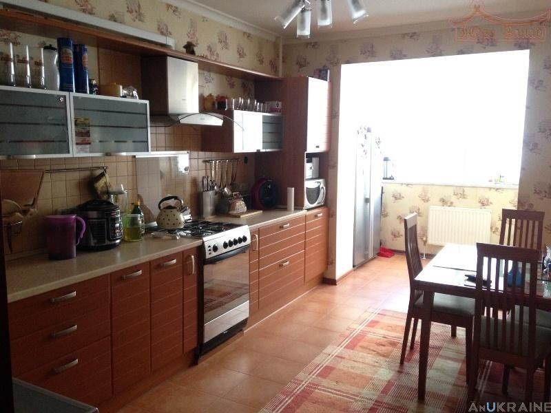 3-квартира с современным ремонтом ул Дюковская