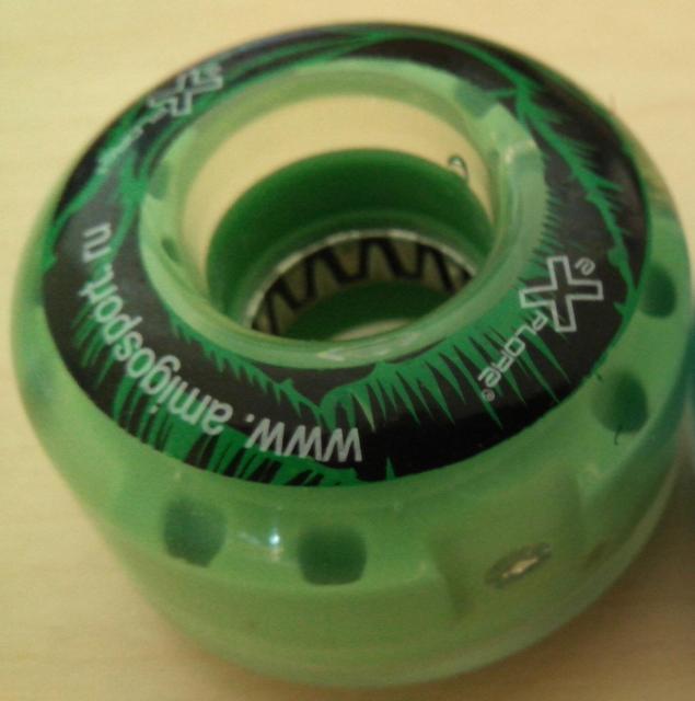 Колеса для скейта Explore (светящиеся)54*36 зеленый