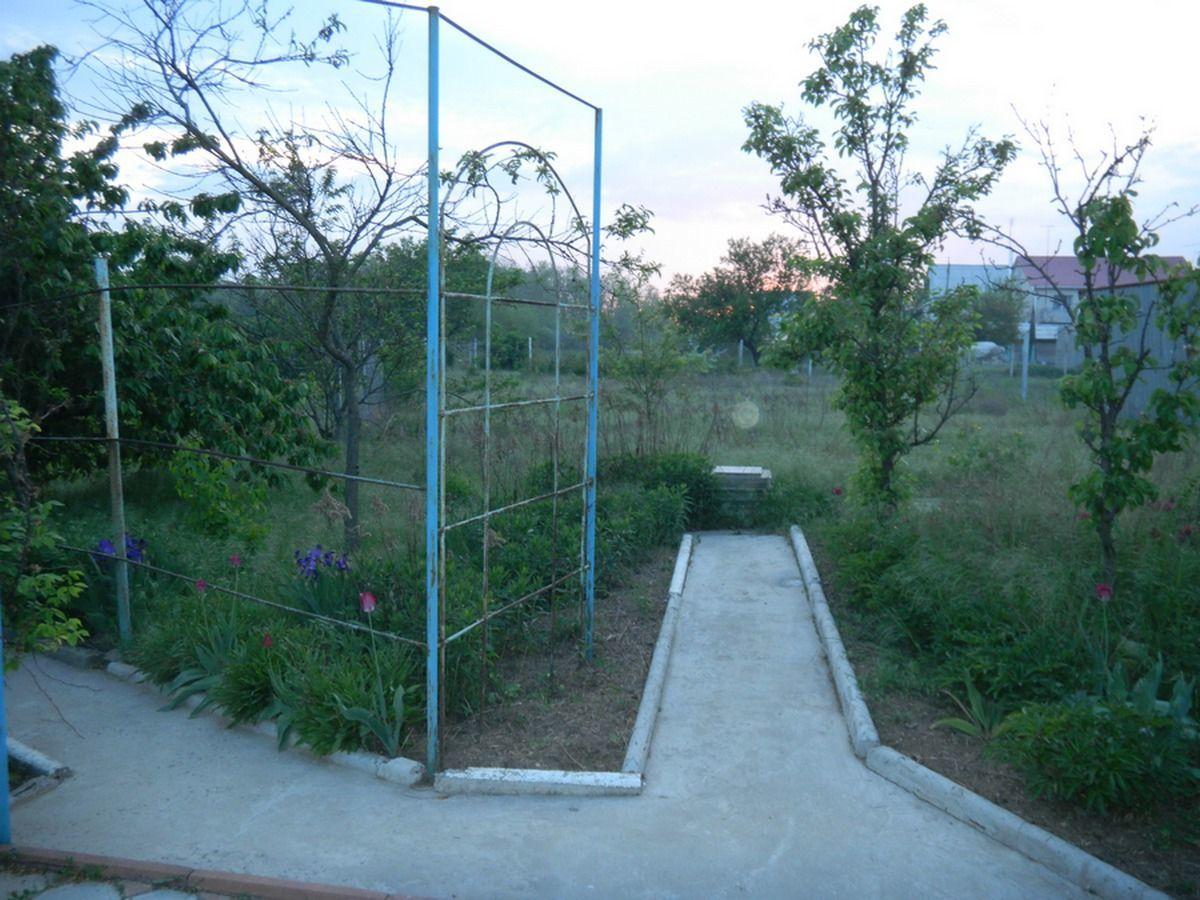 Продам участок под бизнес в Каролино-Бугазе