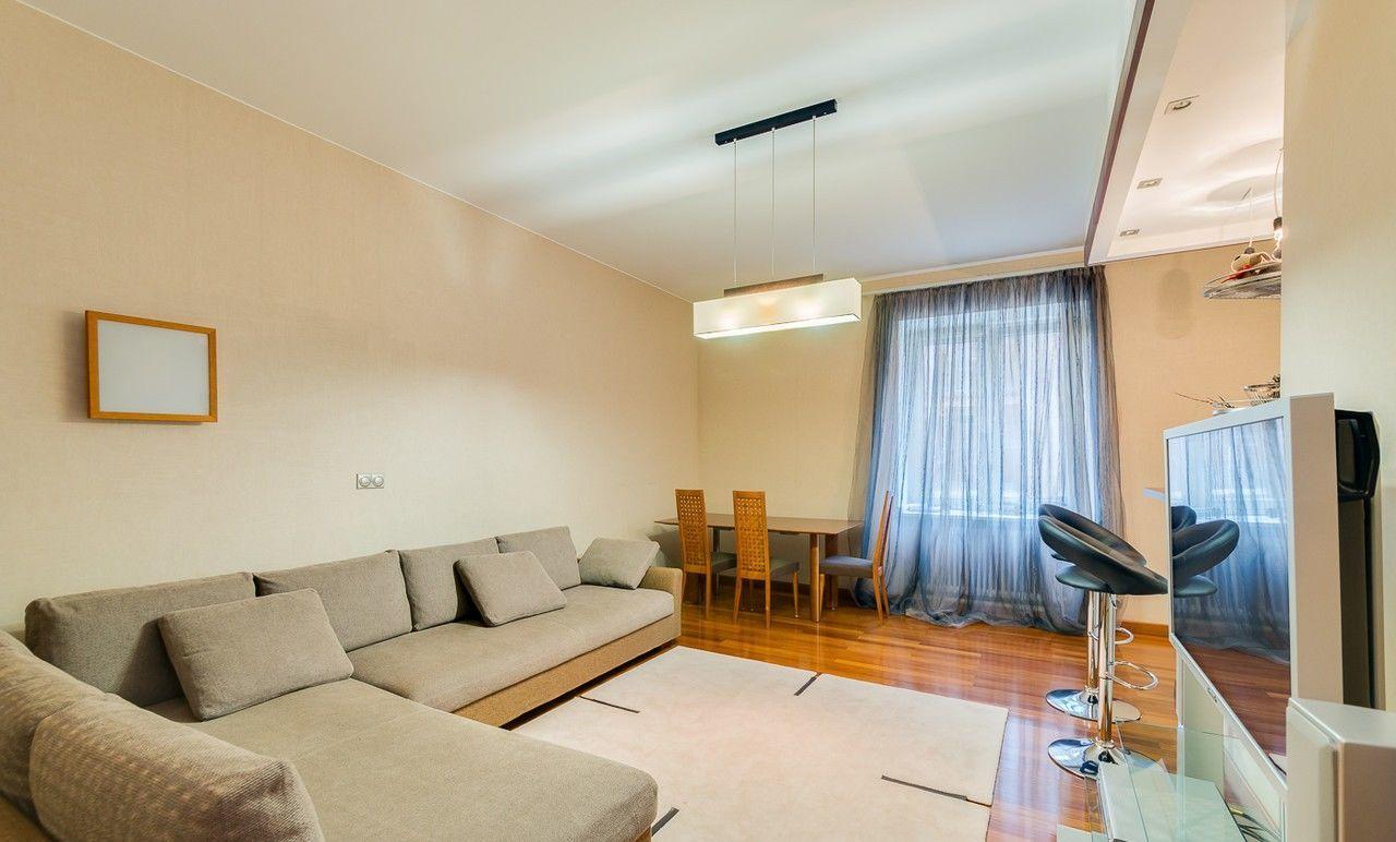 Продам 2 комнатную квартиру премиум класса в доме МКДУ на 23 Августа
