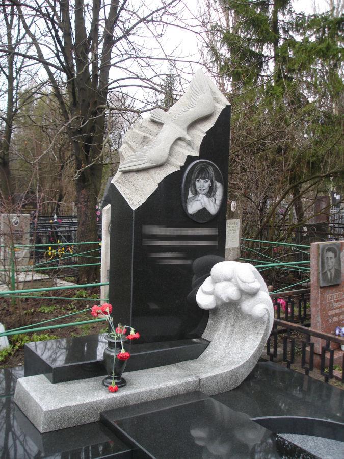 Фото 3 - Памятники, скульптура