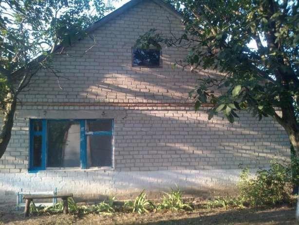 Продам дом газифицированый 4 жилых комнаты! Царичанский р. с. Залелия!