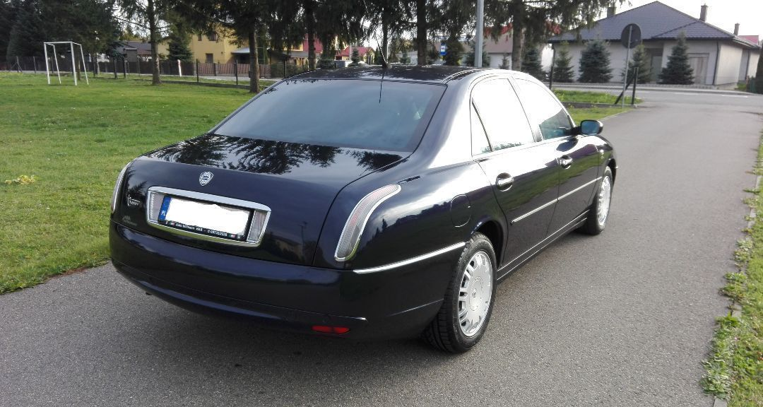 Разборка Lancia Thesis Пороги Бампер Зеркало Крышка багажника Стоп