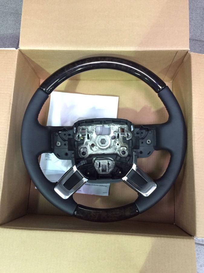 LR035873 Рулевое колесо Shadow Walnut шпон | Range Rover