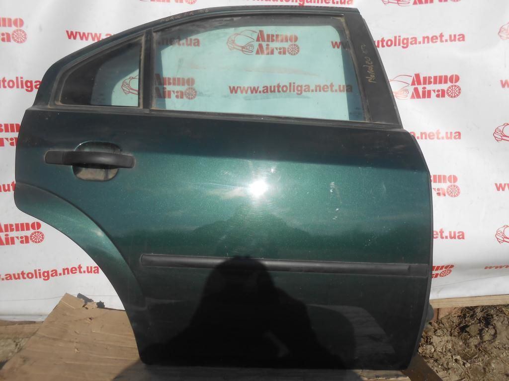 Дверь задняя правая комплектная (1446436) FORD Mondeo MK3 00-07