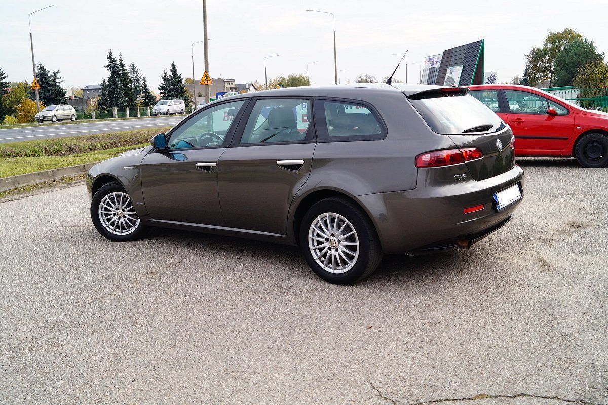 Alfa Romeo 159 (Альфа Ромео 159) Задний фонарь в крыло 2005-2011 г.