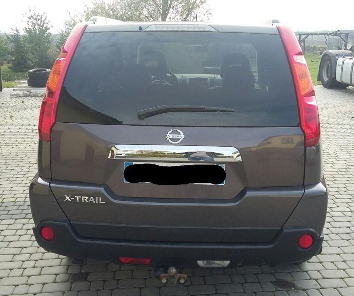 Разборка Nissan X-Trail Крышка багажника Фонарь Четверть Стоп Дверь
