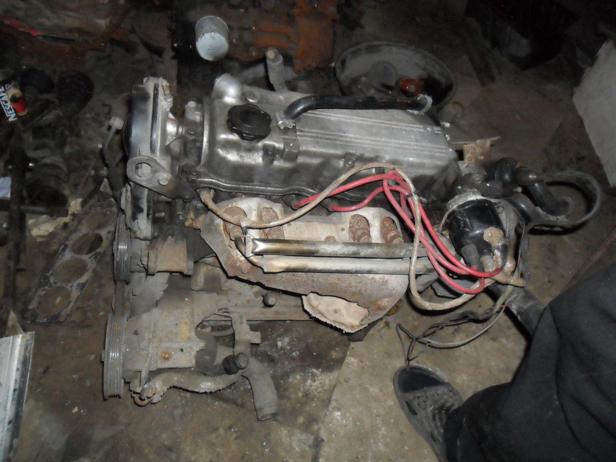 Двигатель Мазда 626 2.0, GC, 85 года, по частям.