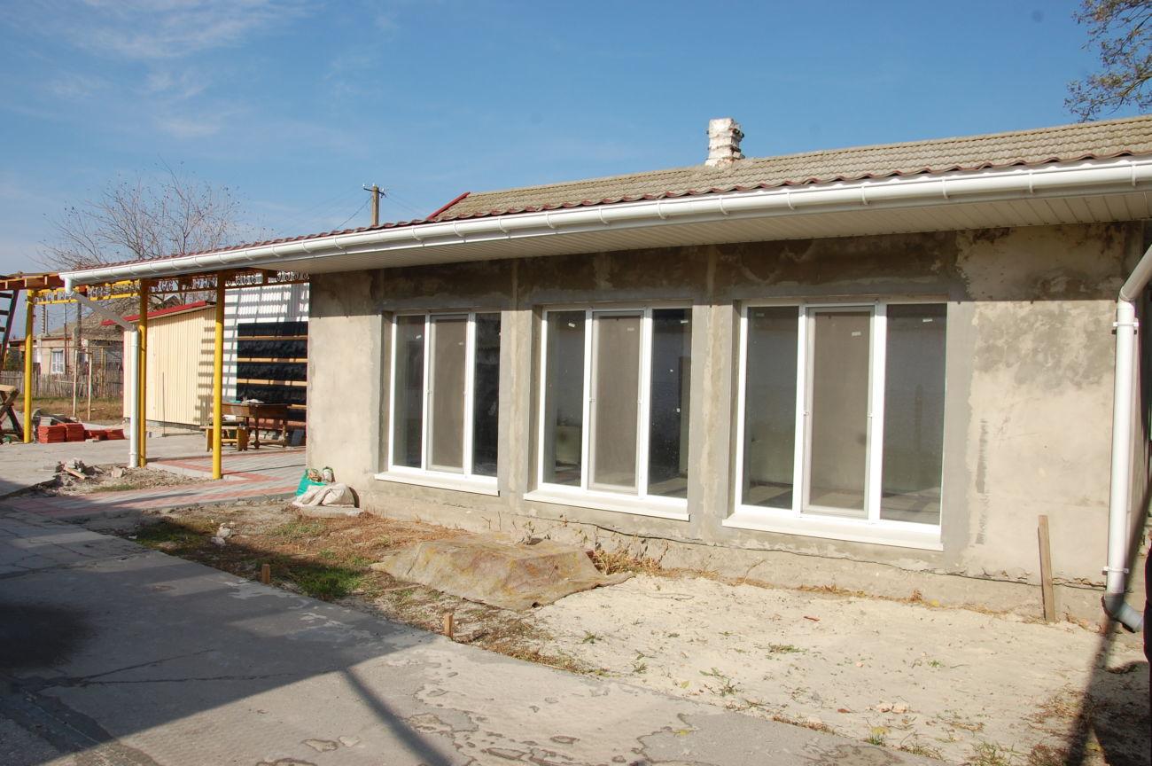 Продам в г.Скадовске дом с новым ремонтом, 10 соток