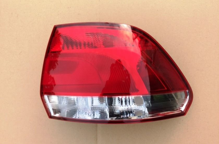 Задний фонарь Volkswagen Polo sedan фонарь Поло седан с 09 г
