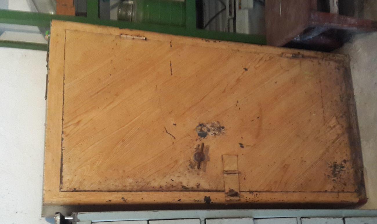 Шкаф металлический 1510 х 800 х 500 - сейф.