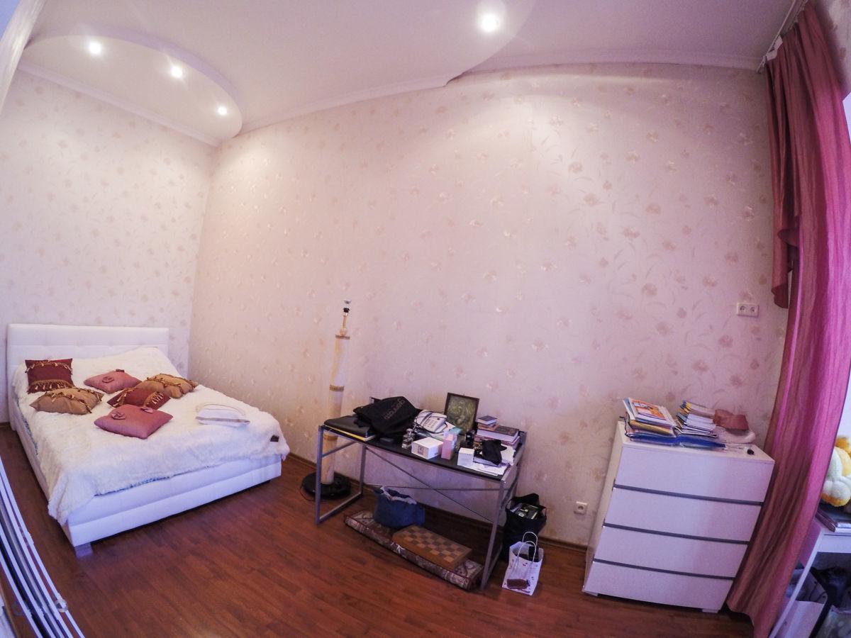 4 комнатная с евроремонтом в Центре города