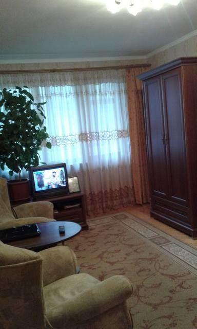 Продам 1 комнатную квартиру Малиновского