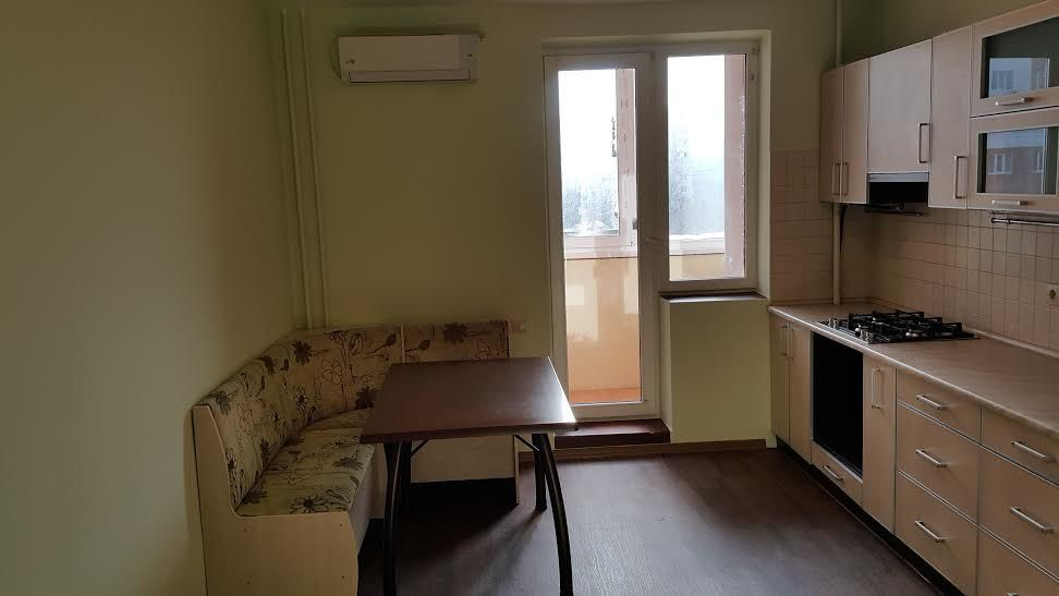 Срочная продажа двухкомнатной квартиры в новострое в центре