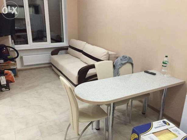 С дизайнерским ремонтом,мебель,тёплый пол,сантехника,все документы!
