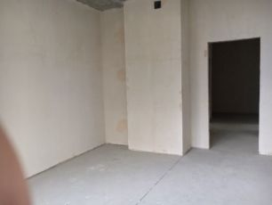 Продам квартиру на Французском бульваре 10