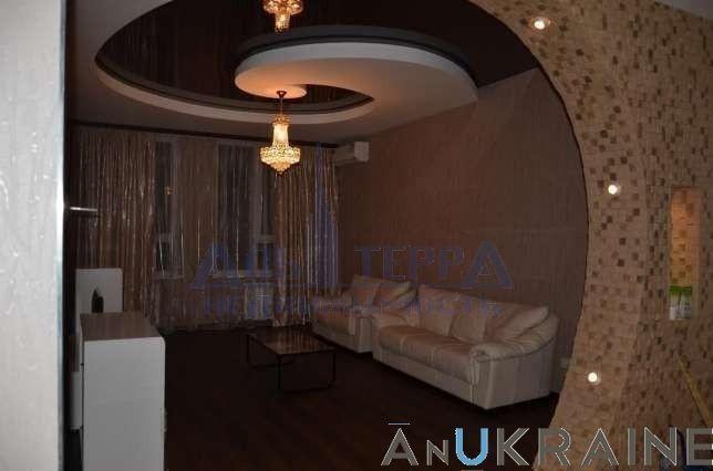 Продам 2 комнатную квартиру Львовская Макаренко Фонтан