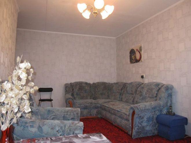Теплая,уютная  2-к квартира на Титова.