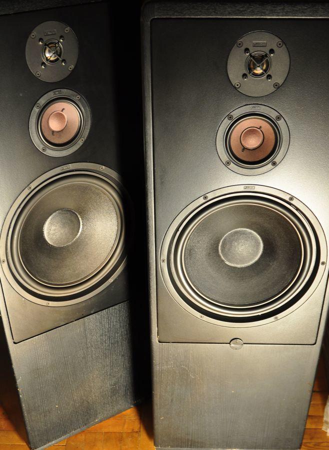 Фото 7 - Hi-End акустика CANTON CT-2000