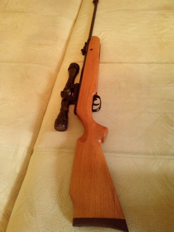 Фото - пневматич. винтовка от Американской корпорации,класс магнум 305м/с