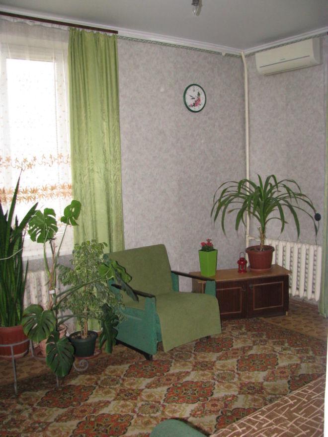 Фото 1 - Продаётся 2 комнатная квартира ,  Скороходова / Садовая .