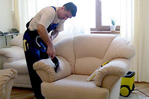 Химчистка мягкой мебели, ковров.