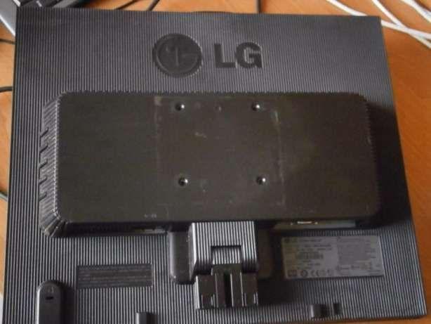 Фото - Монитор LG FLATRON L19535-BF